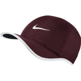 Kšiltovka Nike Feather light NIGHT MAROON/BLACK