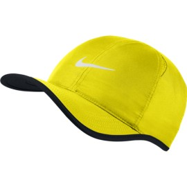 Kšiltovka NIKE Featherlight OPTI YELLOW