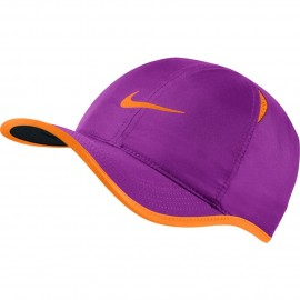 Kšiltovka NIKE Featherlight VIVID PURPLE/TART